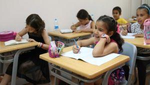 """Karşıyaka'dan eğitime destek """"Ödev Evi"""""""