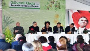 """İzmir'de """"güvenli gıda ve kooperatifleşme"""" konuşuldu"""