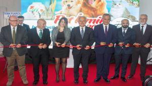 """""""PET İzmir Dünya Markası Olacak"""""""