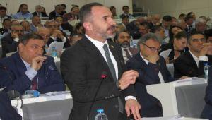 İzmir'de 'Kriz Belediyeciliği' Kriz Yarattı