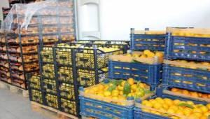 Korona hastalarına C vitamini deposu meyve sepeti