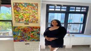 Sanatçı Gamze Kırşavoğlu, Canlı Renklerle Budizm Felsefesini Birleştiren Eserlerini İstanbul'da Sergiliyor