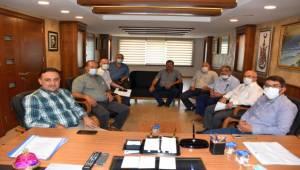 Başkan Çelik ve Muhtarlar Baybatur'la Taş Ocağı Yatırımını Görüştü