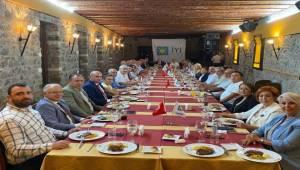 İYİ PARTİ İzmir Milletvekilleri İlçe Başkanlarıyla Buluştu