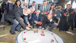 """""""Bu Anıt Barışın İzmir'deki Yıkılmaz Simgesi Olacak"""""""